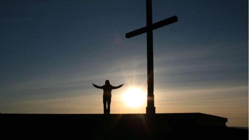 Dios nos ayuda a «mudarnos» de nuestra manera de vivir