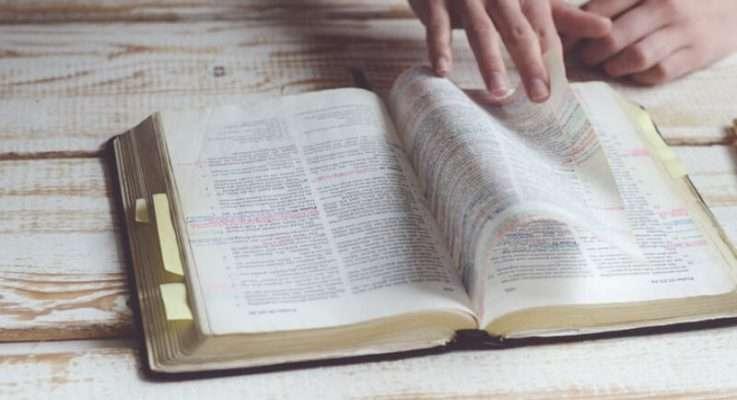 Historia de una Biblia